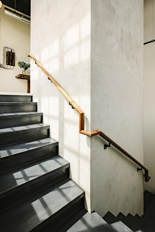 Лофт в здании склада 1920-х годов от Emerick Architects
