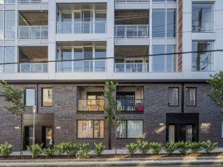 Tandem Condos Sur Cour – жилая 5-этажка в Квебеке