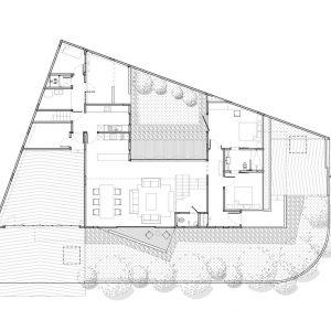 Двухэтажный семейный дом в Индонезии