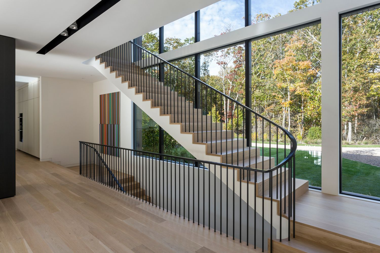 Современный трехэтажный дом в Саутгемптоне