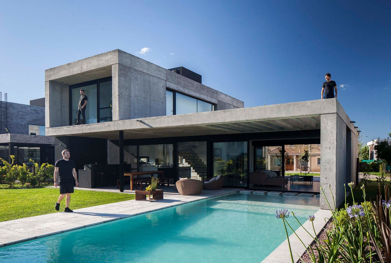 Современный дом от Estudio GMARQ