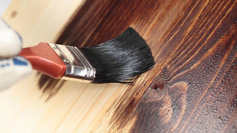 Морилка против царапин на мебели