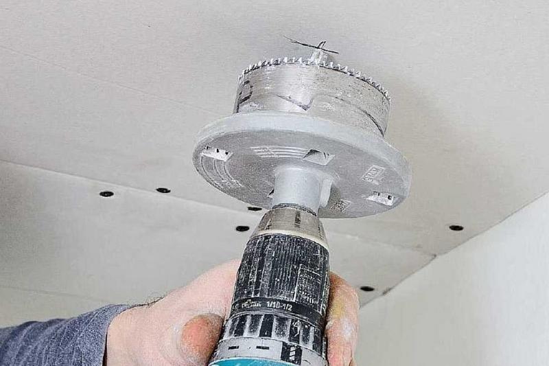 Как установить светильник в гипсокартон 1